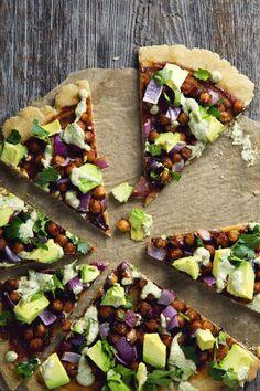 #Vegan + #GlutenFree BBQ Chickpea Pizza. #SoyFree