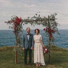 Not sure what is more lovely:this couplethe dress the wedding arch or the location.  .  #merleandmorris #bridalshoes #alternativebride #bridalstyle #bridetobe #bohobride #weddinggoals #shoegoals #iftheshoefits #luxurybride #alternativestyle #shoesday #bridalmusings #londonbride#shoesofinstagram #bridetobe2017 #brideinspiration #londonwedding #lovemydress #rock roll #rocknrollbride #vintageweddingdress