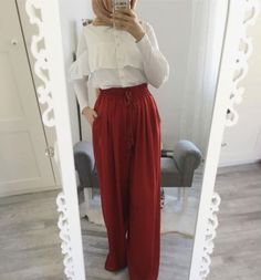 Ruffle blouse with palazzo pants-Casual and sporty hijab style – Just Trendy Girls