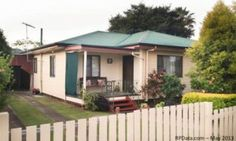 If you are searching flats and properties then view this advertisement. http://ipswich.chaosads-australia.com/item/70324/