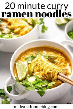 20 Minute Vegan Curry Ramen - Can you believe 20 minutes is all it takes to get this healthy, vegan dinner on the table? Loaded with fresh veggies and rich curry flavors, you'll feel good about serving this meal to your family! Whole Food Recipes, Soup Recipes, Vegetarian Recipes, Cooking Recipes, Dinner Recipes, Healthy Recipes, Healthy Food, Easy Vegan Curry, Curry Ramen