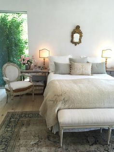 An afternoon at Patina Farm -    Worn and weathered and well loved patina.    Gilded details and lots of simply pretty.         Al...