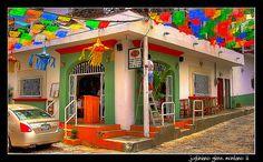 Pipi's, Puerto Vallarta, Mexico  Amazing guac and margaritas!!