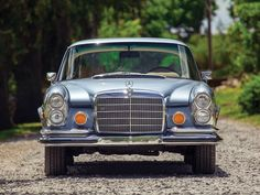 Retro Mercedes-Benz - W110, W111, and W112, in both 2- and 4-door bodies, were…