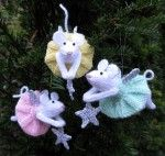 Furry Fairies  Website with wonderful knittingpatterns. This one is free!!!