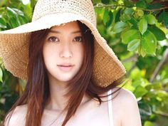 Beauty japanese girls photo Japanese girls every time looking in short dress as they prefer to keep short haircuts on brown hair color. Many Japanese movies in different celebrity are popular in Japanese films.