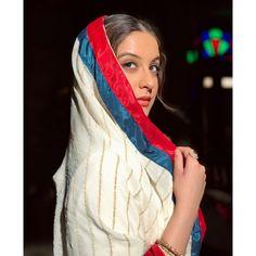 "Tunisha Sharma on Instagram: ""2 days to go! #Sardari💫 @manavgeet_gill @kanji_porh @jaymeetofficial @beleiveasd @directorprince @syedtanveerriyaz @karanmainiofficial…"""