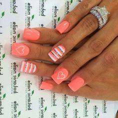 23 Nail Designs That Say