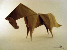 Con alegria, paciencia y papel… La magia del origami está en hacer que un simple papel nos permita crear mundos distintos…* (*creacionesorigami)