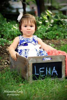 First bday photos, kids photography, girls, babies, northern va photographer www.aradicphotography.com 571.297.5121
