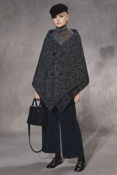 Christian Dior коллекция | Коллекции осень-зима 2018/2019 | Париж | VOGUE