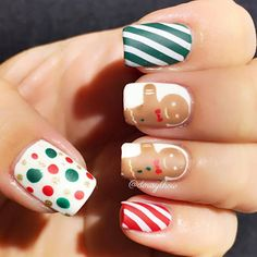 May gingerbread men nails dress up your winter days and bring you happiness. Christmas Nail Designs, Christmas Nail Art, Holiday Nails, Cute Nail Art, Easy Nail Art, Cute Nails, Nagel Stamping, Acrylic Nail Shapes, Nail Pictures