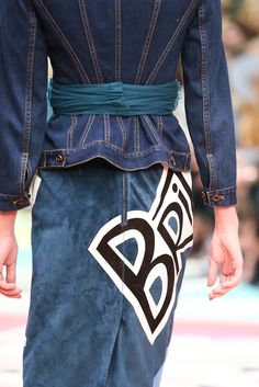 Burberry Prorsum Spring 2015 Ready-to-Wear - Details - Gallery - Look 54 - Style.com