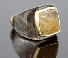 Currently at the #Catawiki auctions: Barbara Harris - Vintage 18K Gold, Agate and Smoky Quartz Ladies Ring. - Size...