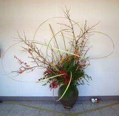 いけばな 春萠のフラワーク | はな Ikebana and Flower
