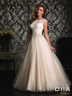 13 najlepších obrázkov z nástenky svadba saty  8e924cb9f4e