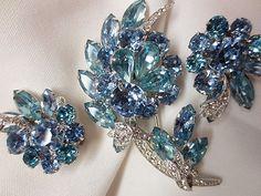 Eisenberg Ice blue rhinestone brooch & earrings
