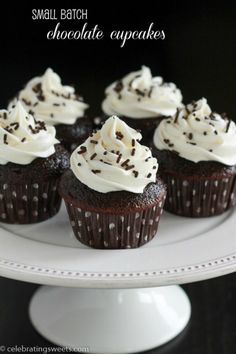A small batch of 6 chocolate cupcakes, made in only one bowl and topped with vanilla buttercream frosting.