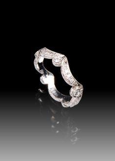 JPratt Designs: Custom designed platinum and diamond intricate fashion band