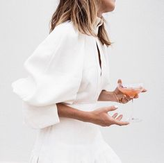 Sleeve goals via oraclefox. This white look would be perfect to attend a wedding in or even better for the white party. Amanda, Silver Blonde, Bridal Fashion Week, Effortless Chic, Wedding Dress Shopping, Minimal Fashion, Minimal Style, White Style, Neutral Style