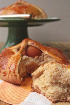 Folar tradicional com ovo