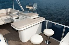 Pontoon Boat Guide give you information about Cypress Cay Pontoon, Lowe Pontoon, Harris Flotebote Pontoon, Premier Pontoon Boat or Princecraft Pontoon boat will typically be used. For more information visit:  http://www.pontoonboatguide.com