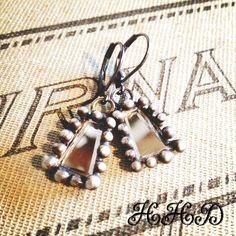 Vintage soldered  Swarovski crystal earrings by thehansenfamily, $28.00