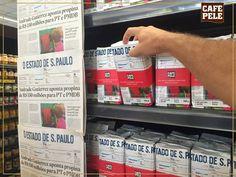 """Com o objetivo de mostrar ao público que o produto é """"fresco e embalado todos os dias"""", 5 mil pacotes de café foram embalados a vácuo com a capa do jornal diário, e colocados em gôndolas de supermercados de São Paulo.(960×720)"""
