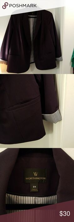 Navy blazer- Final price Navy blue, plus size blazer with shoulder pads. Sleeves can roll up to show navy and white stripe design that matches the lining. Excellent condition and workmanship. Shell is 75% Poly, 19% Rayon, 6% Spandex and lining is 100% Poly. Will measure upon request! 👢💄 Worthington Jackets & Coats Blazers
