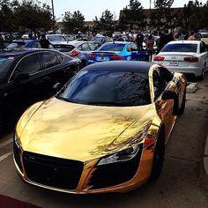 #AudiR8 #AutoShow #Supercar #AutomotiveDesign Twitter, Concept car, Executive car, Performance car - Follow #extremegentleman for more pics like this!