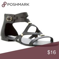 Steve Madden Sandals Steve Madden rubber sandals that have black detailing. They have been worn a good amount of times but still have life! They zip up but it takes a little tug, but the rest of the shoe is good. Price reflects condition Steve Madden Shoes Sandals