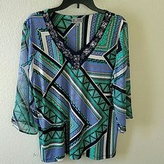 WEEKEND SALE!!! 💗JM Collection Embellished Top💗 Gorgeous and comfortable JM Collection top. Used only twice. In great condition. No stains. Polyester/spandex. 3/4 sleeves. Goes beautifully with capris, jeans and slacks. JM Collection Tops Tunics