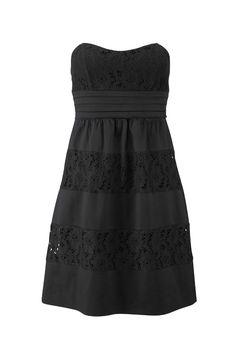 Ein Bustier-Kleid ist immer ein toller Hingucker und sieht edel aus. (Von Laura Scott, über Otto.de, ca. 100 Euro)