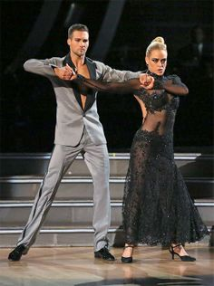 James Maslow and Peta Murgatroyd appear appear on 'Dancing With The Stars' season 18 on May 19, 2014.