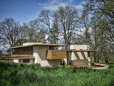 Conrad and Evelyn Gordon House, Frank Lloyd Wright 1957-63. Silverton, Oregon. Usonian Style.