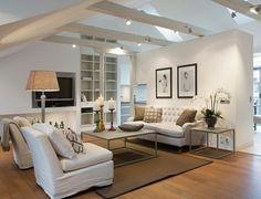 elegantes wohnzimmer am dach weiße möbel dekoideen