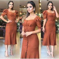 😍😍 🌻🌼Comentem abaixo🌻🌼 ⤵️⤵️⤵️⤵️⤵️⤵️⤵️⤵️ ☑️ Vem conhecer o IG  Stylish Dresses, Simple Dresses, Elegant Dresses, Pretty Dresses, Sexy Dresses, Vintage Dresses, Dress Outfits, Casual Dresses, Fashion Dresses