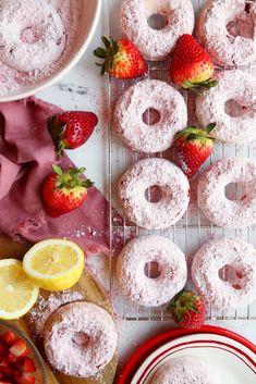 Apple Slab Pie, Freeze Dried Strawberries, Doughnut Cake, Breakfast Bake, Breakfast Ideas, Breakfast Recipes, Mini Chocolate Chips, Fudge Recipes, Something Sweet