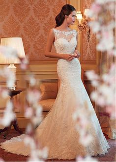 Alluring Tulle & Satin Bateau Neckline Natural Waistline Mermaid Wedding Dress