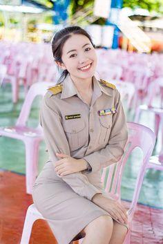 Sexy Nurse, Police Uniforms, Most Beautiful Women, Lady, Cute, Military Women, The Most Beautiful Women, Kawaii, The Most Beautiful Girl