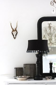 Home & Living, cute black details for home decor Home And Living, Nordic Living, Lampshade Redo, Interior Styling, Interior Design, Simply Home, Bohemian House, White Cottage, Scandinavian Home