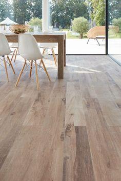 Living Room Flooring, Apartment Interior Design, House Interior, Oak Timber Flooring, Home Deco, Deco Salon, Home Interior Design, Cottage Living, House Interior Decor