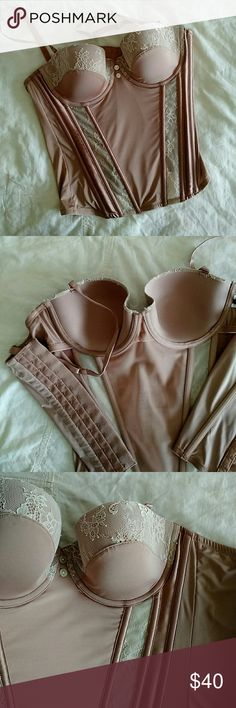 Anthropologie Sixty-Eight Brand Mauve Corset 34D Anthropologie brand mauve/rose and cream lace corset, size 34D. Worn once or twice. Cleaned, no stains, no tears. Looks beautiful on! Anthropologie Intimates & Sleepwear Bras