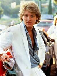 JAMES SPADER - PRETTY IN PINK (WOWZA BACK THEN) ONE OF THE MOST BEAUTIFUL GUYS I HAVE EVER SEEN.