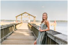 Summer Senior Session at Leesylvania State Park - Stacie Hubbard Photography Multiple Outfits, Graduation Photoshoot, Park Photography, School Signs, Flowing Dresses, Fun Shots, How Many People, Senior Session, Photo Location