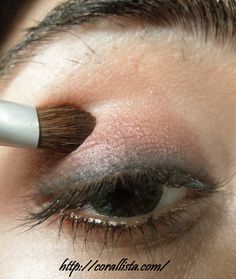 5-minute everyday eye makeup step-by-step photo tutorial and EOTD