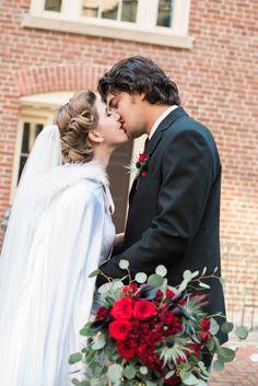 Romantic Vintage Inspired Vow Renewal - WeddingLovely Blog