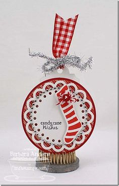 Stitched Stockings, Decorative Circle Tag STAX Die-namics - Barbara Anders