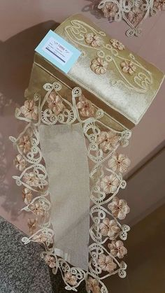 Needle Lace, Antique Lace, Decorating Your Home, Decorative Boxes, Embroidery, Antiques, Crochet, Jewelry, Hand Embroidery