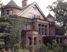 This Romanesque Pile is 'The Most Haunted House in St. Paul'